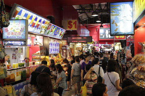 One day tour Singapore. Singapore City Tour. Bugis Street Marketing Singapore