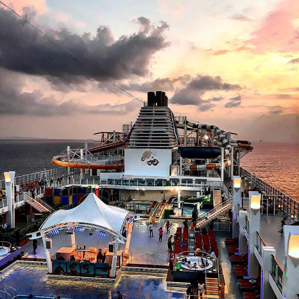 Genting Dream Cruise. Dream Cruise Singapore