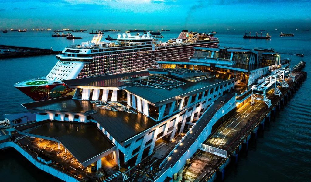 Cruise from Singapore. Singapore cruise packages. Genting Dream at Marina Bay Cruise Centre Singapore